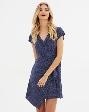 Atmos & Here – Kendra Tie Front Dress – Printed Dresses Navy Non Print