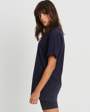 Calli - Oversized T Shirt - T-Shirts & Singlets (Navy & White) Oversized T-Shirt