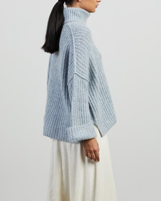 Apartment Clothing Jed Mohair Cropped Turtleneck - Jumpers & Cardigans (Light Blue)