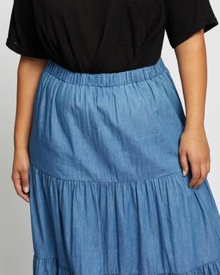 Atmos&Here Curvy Sofia Chambray Skirt - Skirts (Chambray)