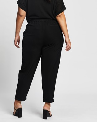 Atmos&Here Curvy Sandra Jogger Pants - Pants (Black)