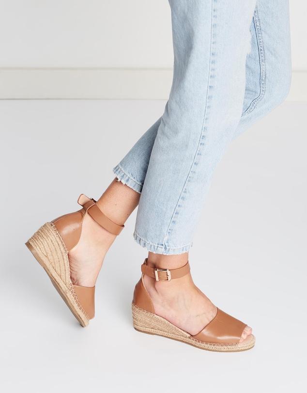 Women Helene Leather Wedge Heels
