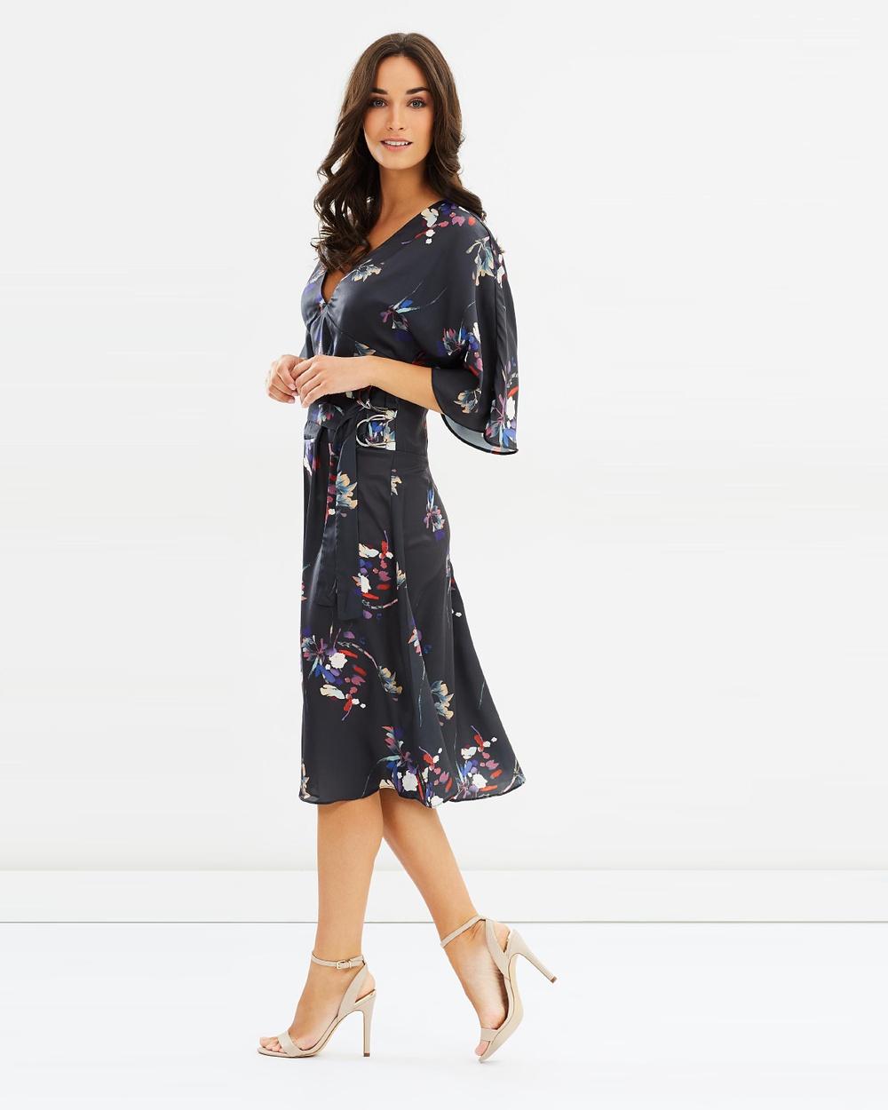 Lost Ink Print Midi Dress Dresses Multi Print Black Print Midi Dress