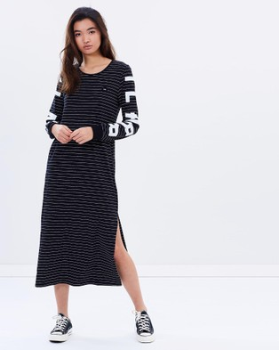 ilabb – Respect Long Sleeve Maxi Dress