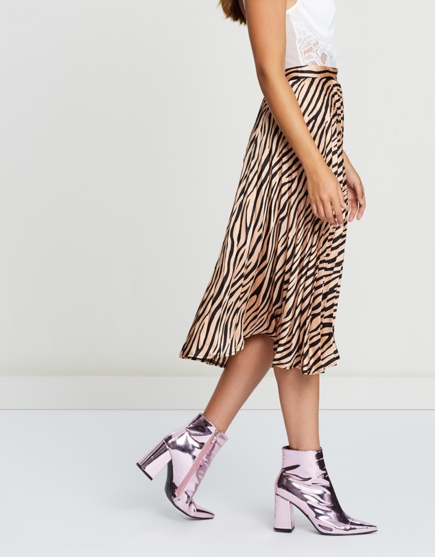 Missguided - Animal Print Pleated Skirt