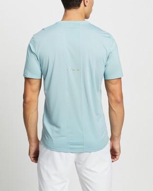 ASICS Run SS Top - Short Sleeve T-Shirts (Smoke Blue & French Blue)