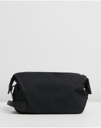 Saturdays NYC - Chaz Dopp Kit