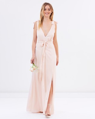 Atmos & Here – Amelie V Neck Maxi Dress – Bridesmaid Dresses Champagne