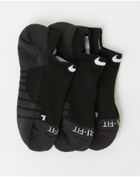 Nike - 3-Pack Nike Dry Cushion No Show Training Socks - Women's