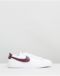 Nike - Blazer Low Leather Basketball Shoes - Women's
