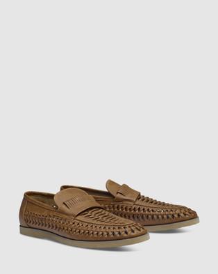 Tarocash Harry Slip On Shoes - Dress Shoes (TAN)