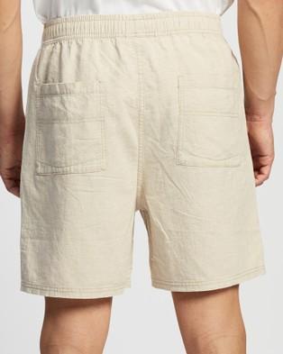 Rusty Undertone Elastic Linen Shorts - Shorts (Ecru)