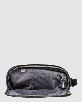 Quiksilver PacSafe x Quiksilver 4.5L Anti Theft Waist Bag - Travel and Luggage (IRON GATE)