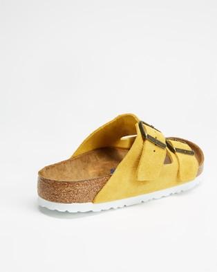 Birkenstock Arizona Regular SFB Suede Leather   Women's - Sandals (Ochre)