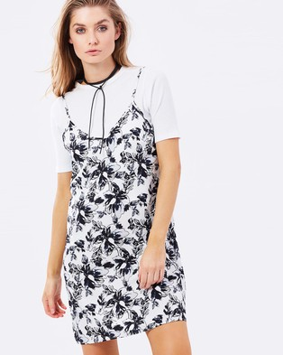 Atmos & Here – Stella Slip Dress – Dresses (Whimsical Floral)