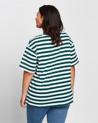 Atmos&Here Curvy - Harry Boyfriend Tee - T-Shirts & Singlets (Green Stripe) Harry Boyfriend Tee