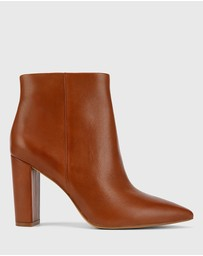 Wittner - Hurlie Leather Block Heel Ankle Boots