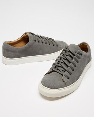 Double Oak Mills Meadows Suede Sneakers - Sneakers (Light Grey Suede)