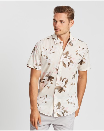 SABA - Short Sleeve Tapered Magnolia Print Shirt