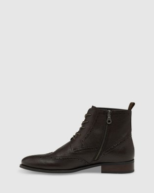 Oxford Jeremiah Brogue Boots - Boots (Brown)