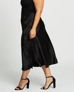 Atmos&Here Curvy - Poppy Satin Skirt - Skirts (Black) Poppy Satin Skirt