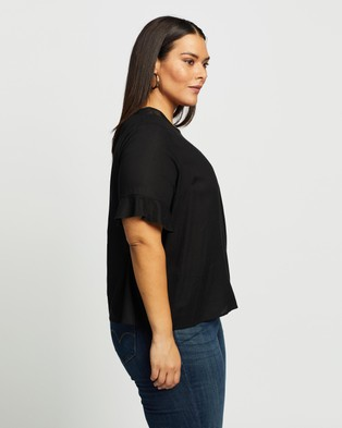 Atmos&Here Curvy Alice Linen Blend Top - Tops (Black)