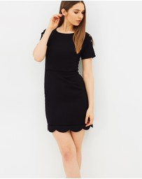 Oasis - Scallop Sleeve Dress