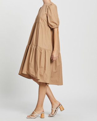 MINKPINK - Nancy Hi Low Midi Dress - Dresses (Beige) Nancy Hi-Low Midi Dress