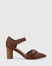 Wittner - Decima Leather Pointed Toe Block Heels