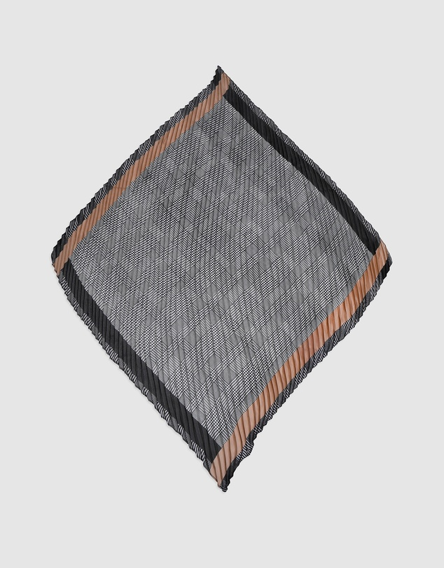 Arms Of Eve - Houndstooth Pleated Scarf