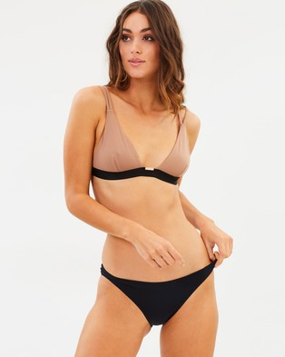 Ginger & Smart – Hedi Triangle Two Piece – Bikini Set Mocha & Black