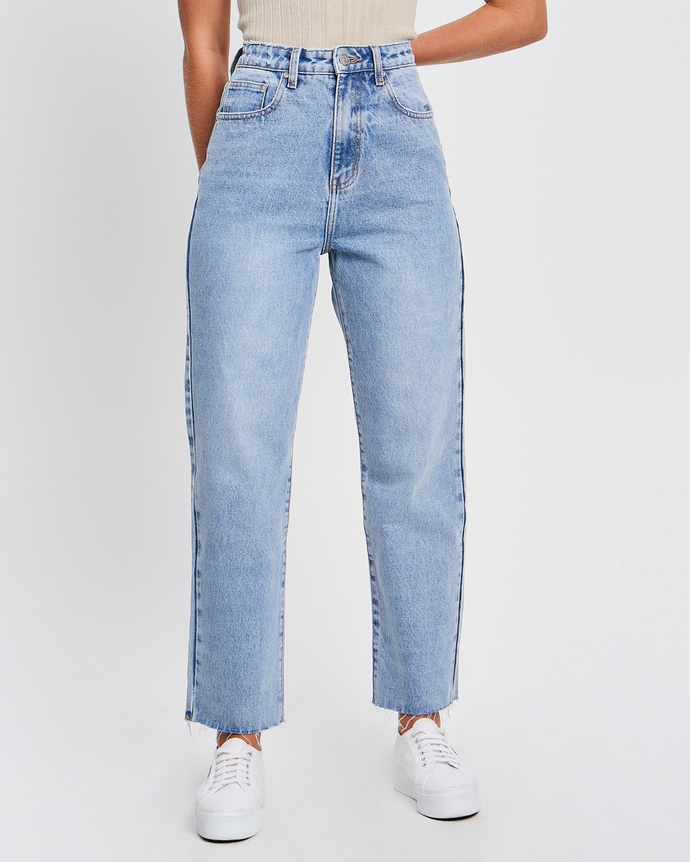 The Fated Ryan Cropped Jean Slim Light Blue Wash