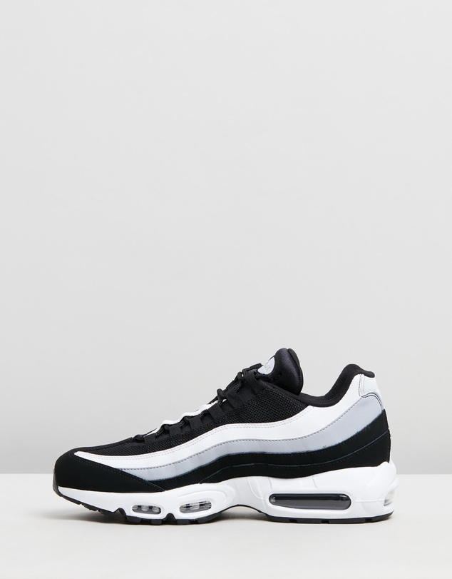 Nike - Air Max 95 Essential - Men's