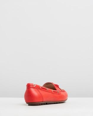 Vionic Virginia Leather Moccasins - Flats (Cherry)