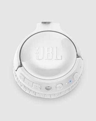 JBL Jbl Tune 600btnc - Tech Accessories (White)