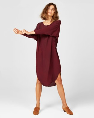 Primness Batwing Dress - Dresses (Red)