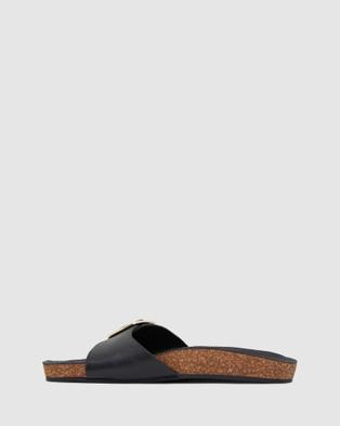 Urge Anjie - Sandals (Black)