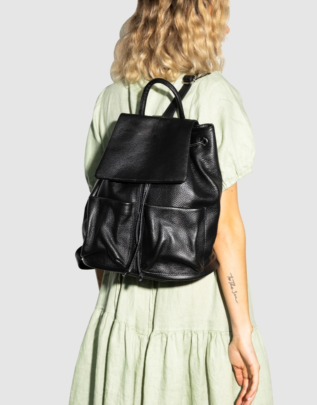 Women Beezy Leather Backpack