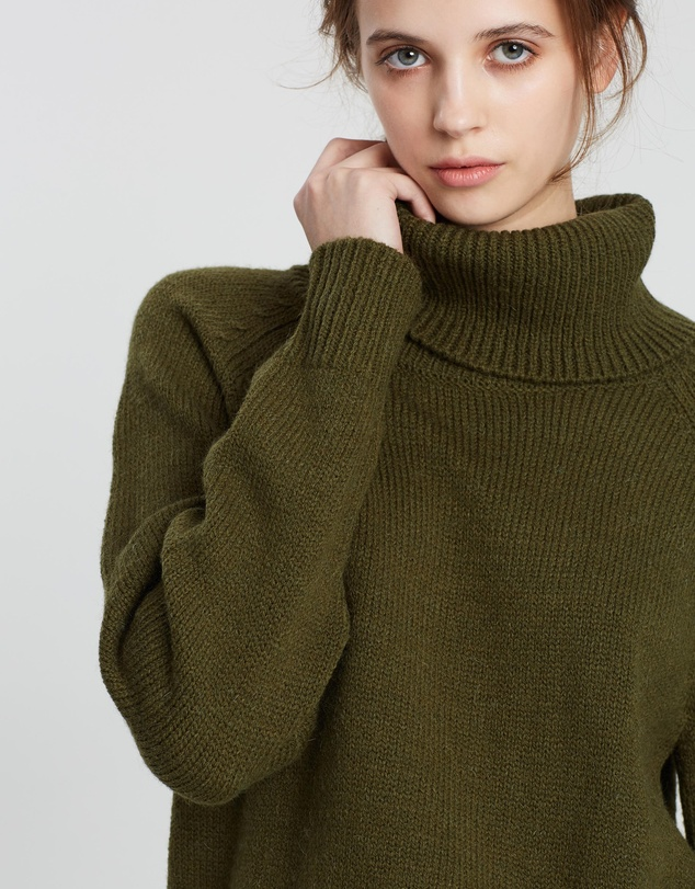 Assembly Label - Roll Neck Knit