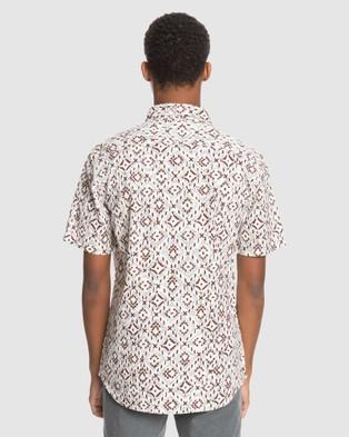 Quiksilver Mens Baja Blues Short Sleeve Shirt - Shirts & Polos (ANTIQUE WHITE BAJA B)