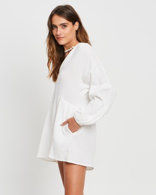The Fated Zamani Playsuit - Jumpsuits & Playsuits (White)