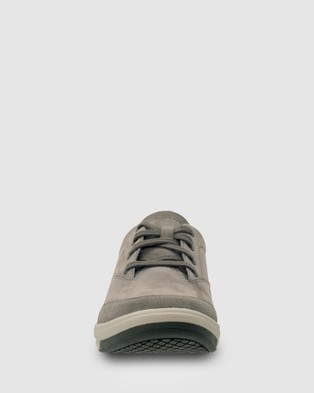 Ascent Bravo - Casual Shoes (Smoke)