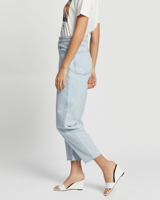 M.N.G Village Jeans - High-Waisted (Open Blue)