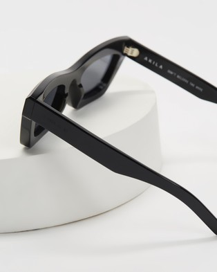AKILA - Zombie Sunglasses (Black & Silver)