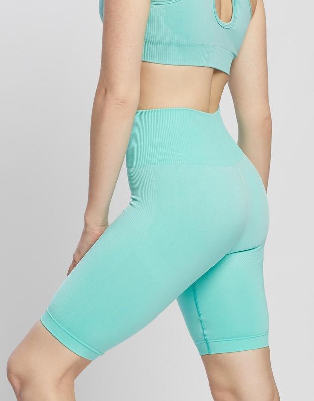 Women Motion Seamless Bike Shorts