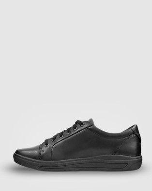 Ascent Stratus - Casual Shoes (Black)