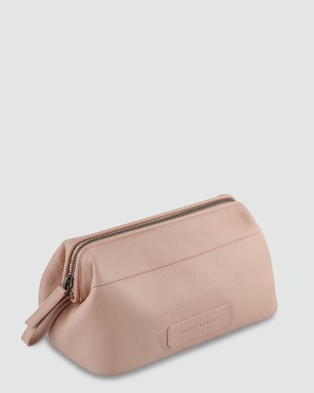 Status Anxiety Liability Toiletries Bag - Toiletry Bags (Dusty Pink)