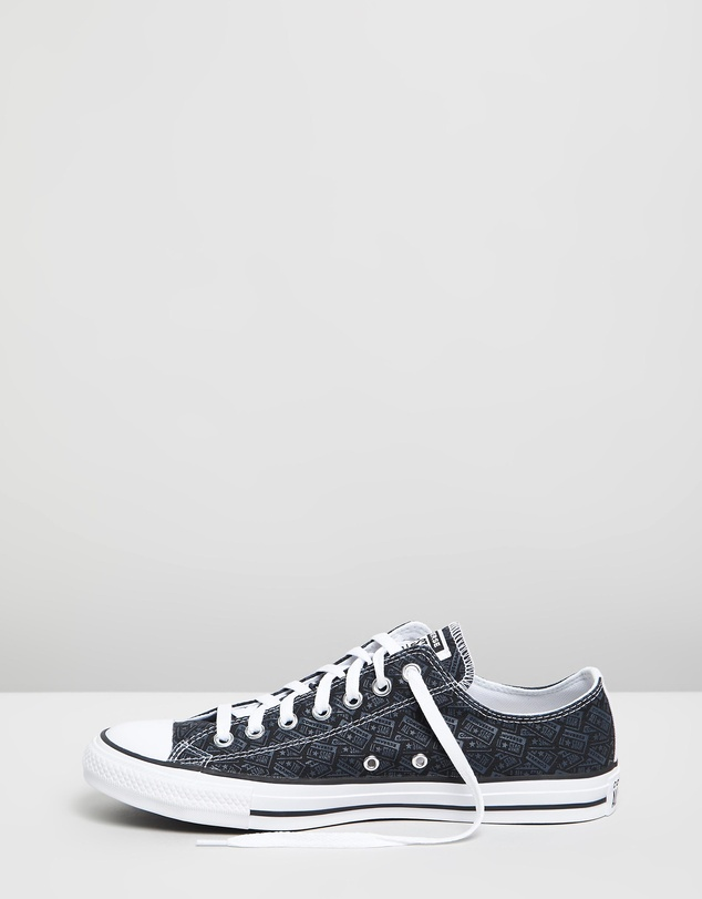 Converse - Chuck Taylor All Star Logo Graphic