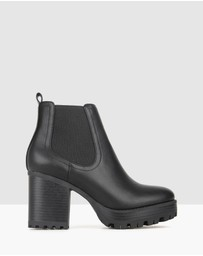 Betts - Edge Chunky Ankle Boots