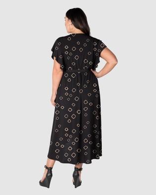 Love Your Wardrobe Shine Like A Diamond Print Knit Dress - Printed Dresses (Black/Gold Diamond)